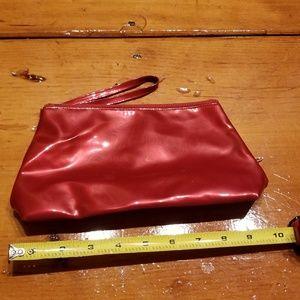 🎉5/$10 Avon always perfect clutch